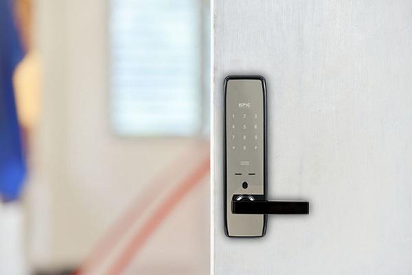 Top 5 khóa cửa điện tử thông minh đáng mua nhất hiện nay (3)