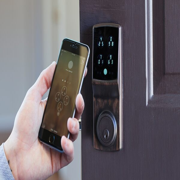 Vì sao nên chọn khóa cửa bằng mật khẩu thay khóa cơ truyền thống? 2