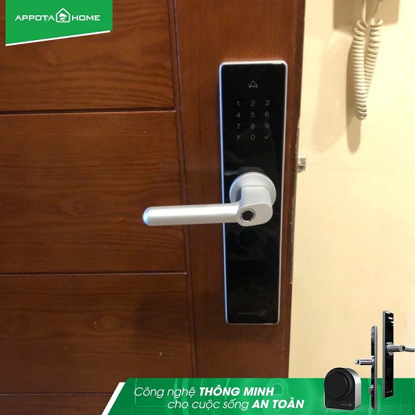 Khóa cửa kết nối wifi là gì? Khóa cửa wifi có ưu điểm gì nổi bật? (5)