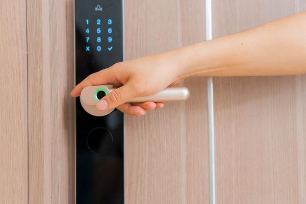 Nên mua khóa cửa thông minh loại nào? - Tư vấn khóa cửa (3)