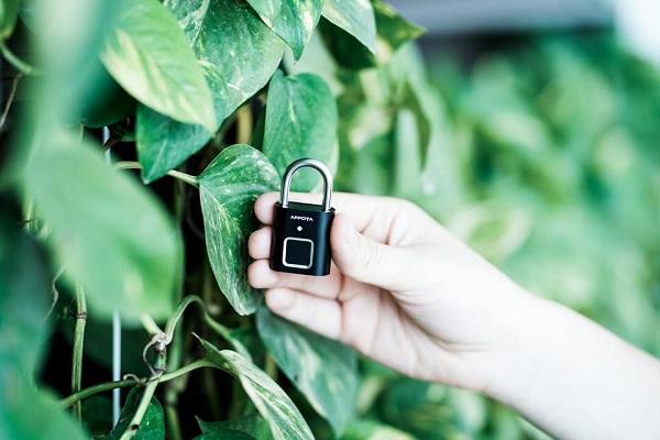 Tất tần tật về khóa vân tay đa năng AM1, ổ khóa mini thông minh (4)
