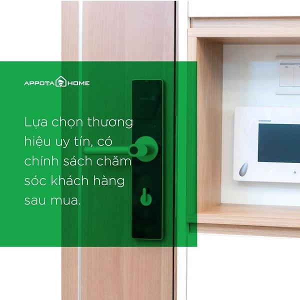 9 bước để chọn khóa cửa điện tử thông minh phù hợp cho gia đình (4)