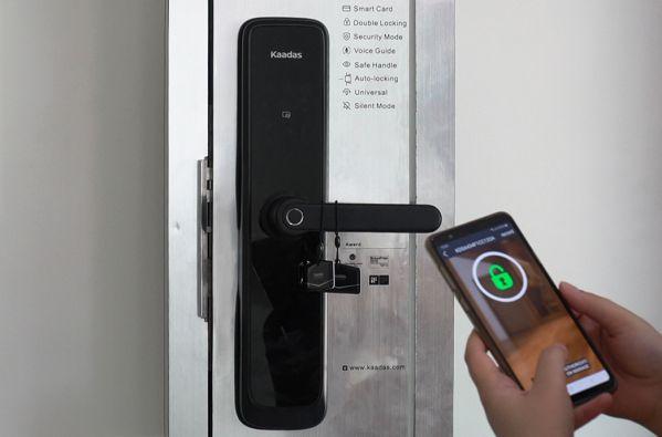 Cơ chế hoạt động của khóa cửa mở từ xa qua Wifi công nghệ 4.0 4