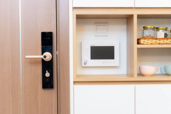 Hướng dẫn cách chọn mua khóa vân tay cho căn hộ chung cư 2