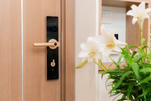 Hướng dẫn cách chọn mua khóa vân tay cho căn hộ chung cư 4